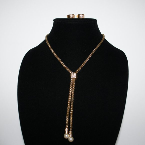 Vintage gold and rhinestone bolo necklace earrings